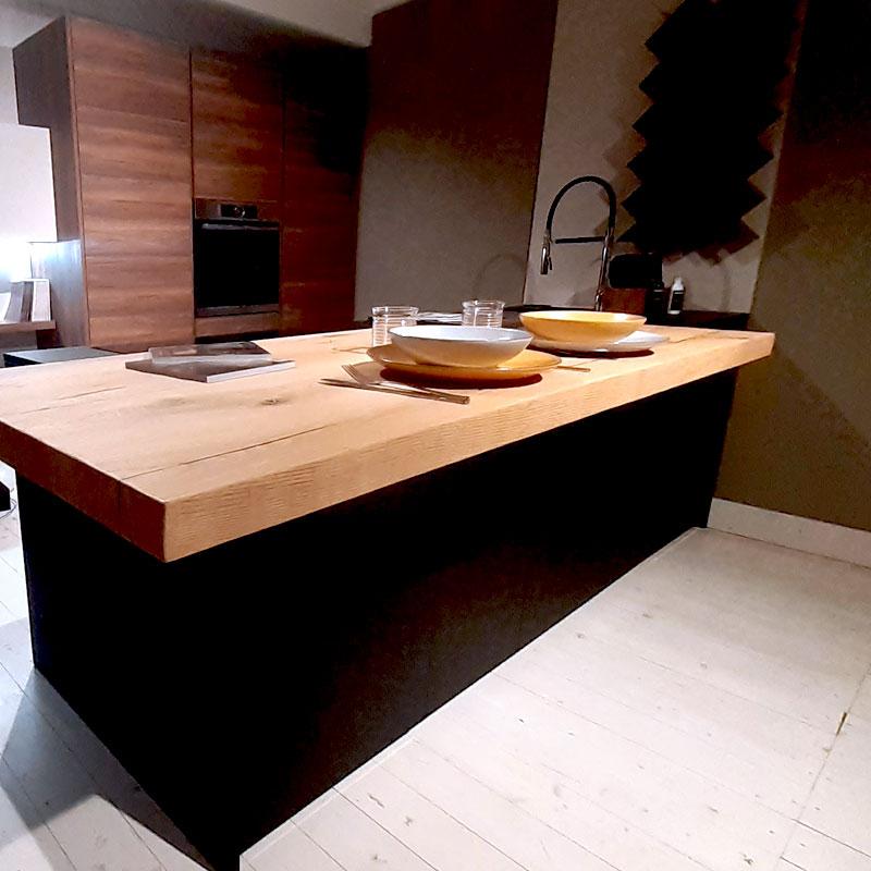 Cucina moderna ad isola